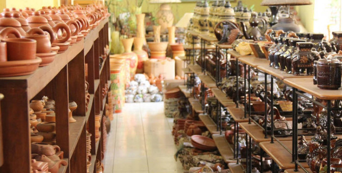 keramik dinoyo malang
