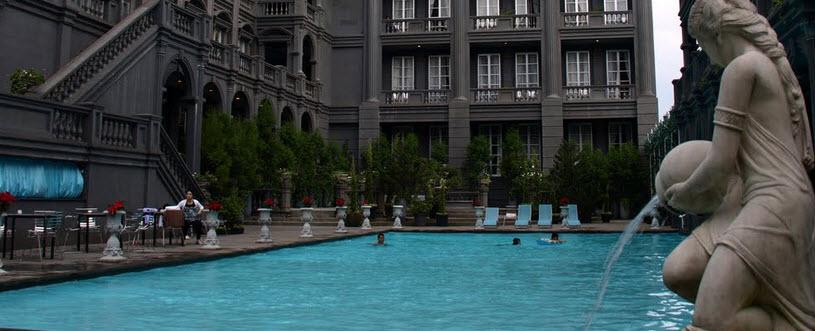 kolam renang hotel gh universal bandung
