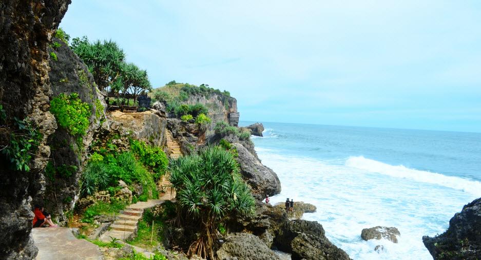 """Indahnya Pantai Ngobaran, """"Bali Van Java"""" di Jogja - Pusat ..."""