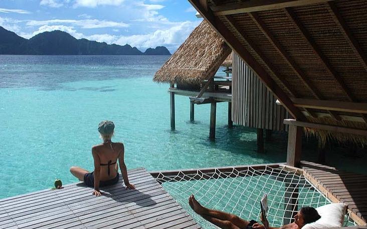 resort pulau waiwo