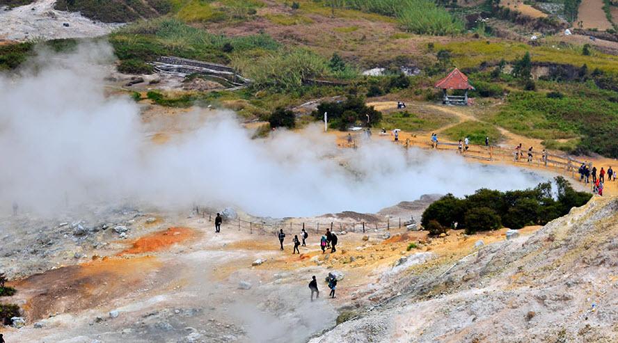Kawah Sikidang, Sebuah Legenda dan Pesona Alam Wonosobo