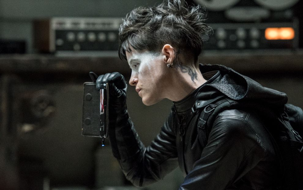 The Girl In The Spider's Web - Sebuah Misteri yang Terjebak Pada Permainan LAWAN!
